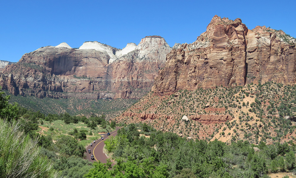 Motorrad-Reisen Big Loop - Tag 3: Zion National Park - Red Canyo