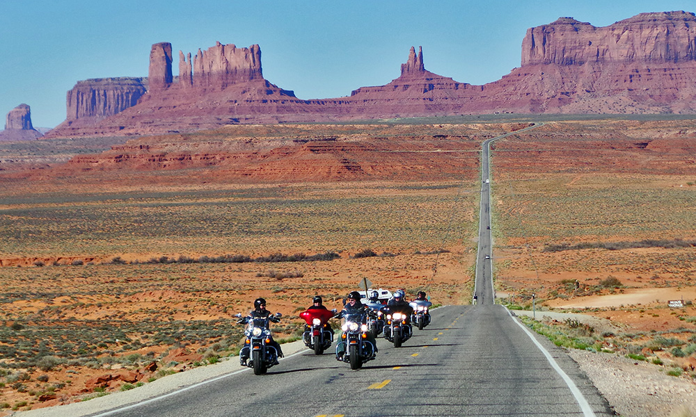 Motorrad-Reisen - The Stars of America - Tag 9: Page – Monument Valley – Mexican Hat