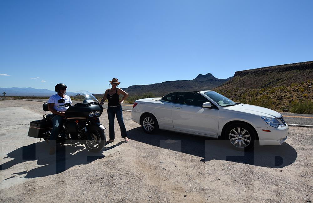 Mit dem Cabrio und der Harley auf der Route 66