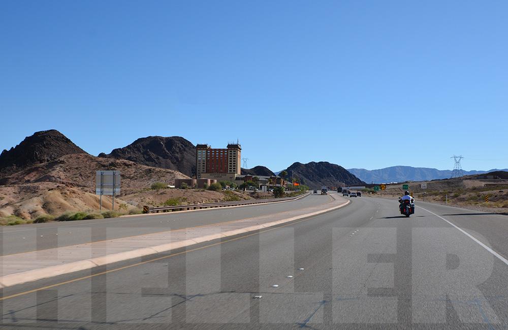 Route 66 mit der Harley - Hoover Dam